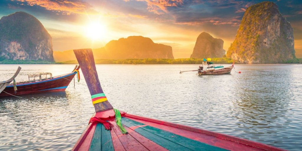 thailand sunset and boats