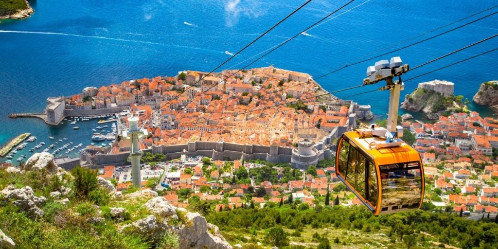 dubrovnik cable car over old town
