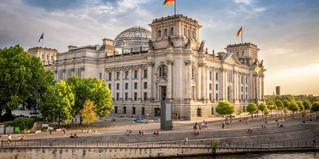 the reichstag building berlin