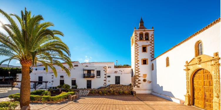 an image of the town square in Betancuria, Fuerteventura