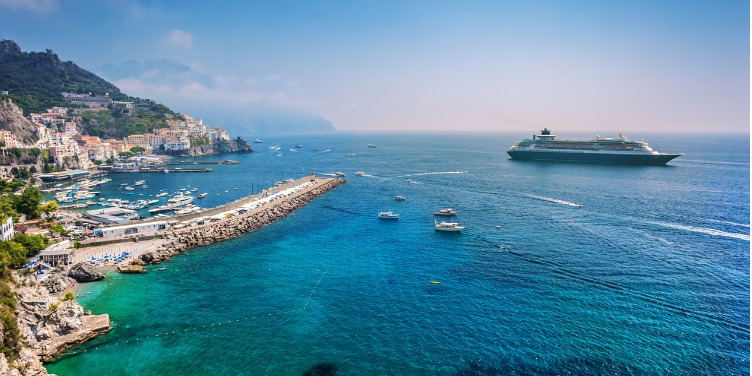 an image of a cruise ship off the Amalfi Coast