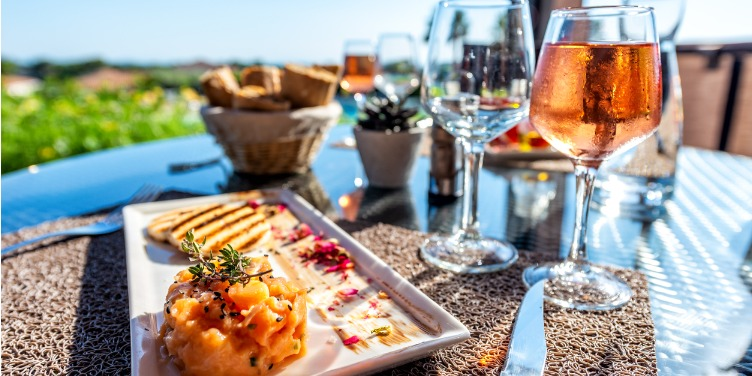 an image of salmon tartare and rose wine